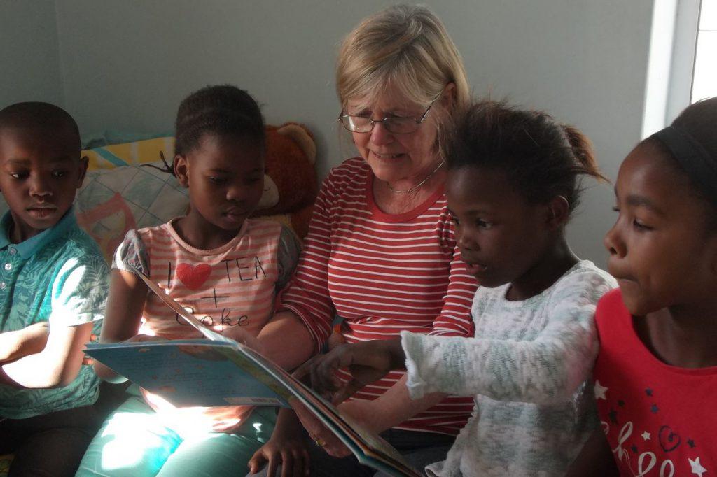 Freiwilligenarbeit Südafrika Kinder unterrichten